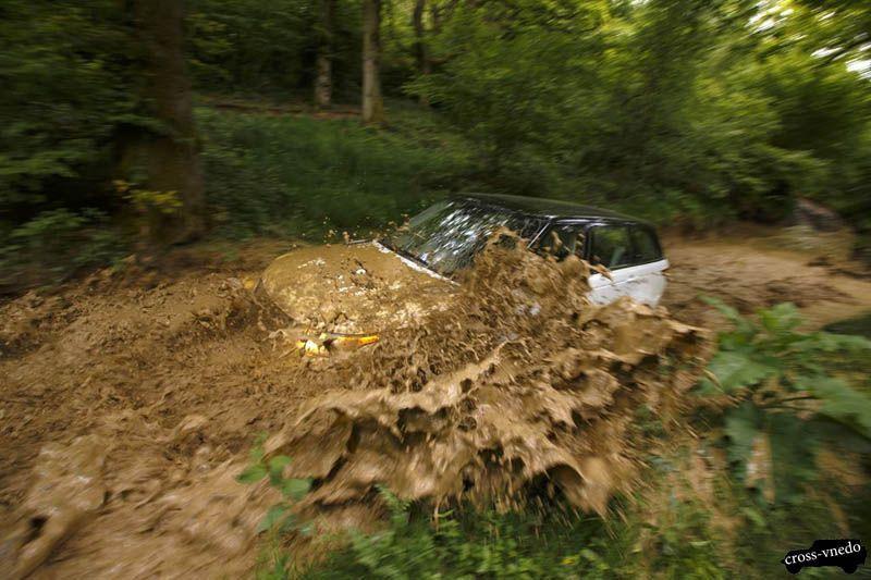 Range Rover Sport на бездорожье