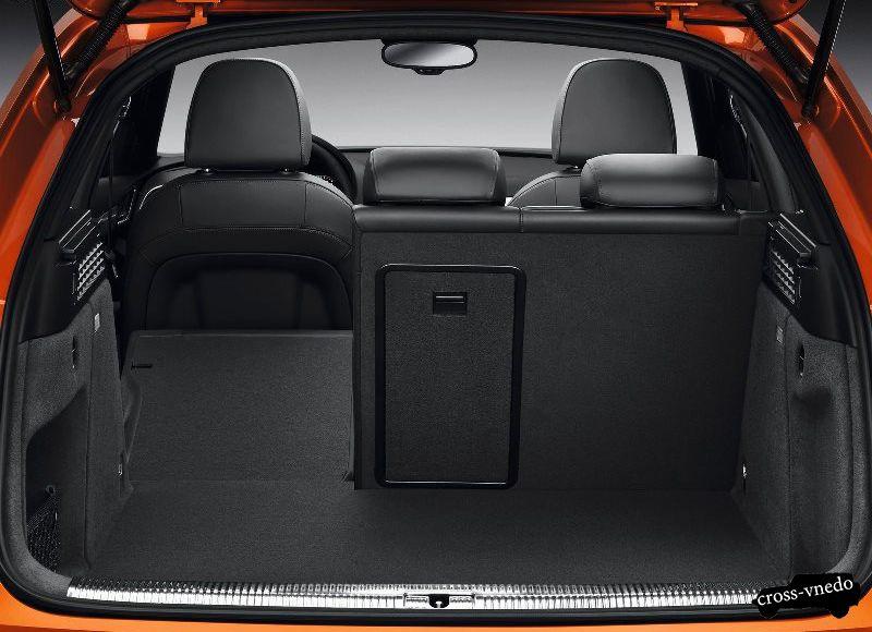 Багажный отсек Audi Q3