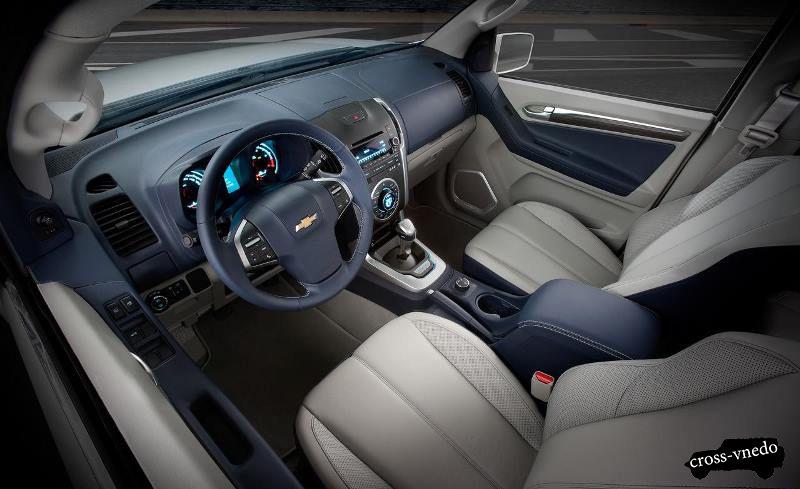 Chevrolet TrailBlazer 2014 салон