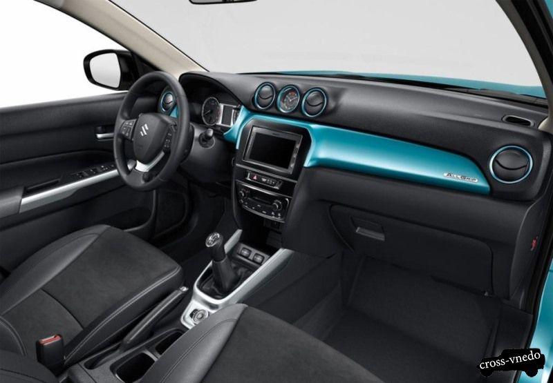 Интерьер Suzuki Grand Vitara 2015