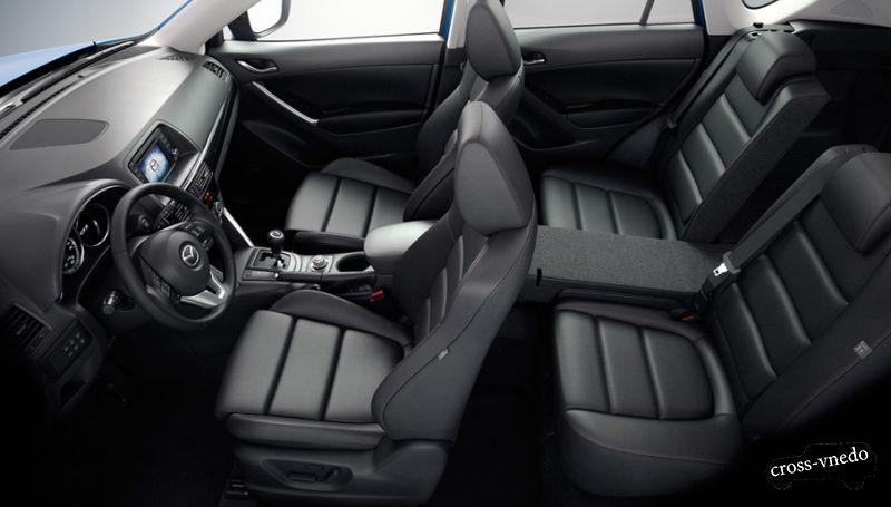 Интерьер новинки Mazda CX5