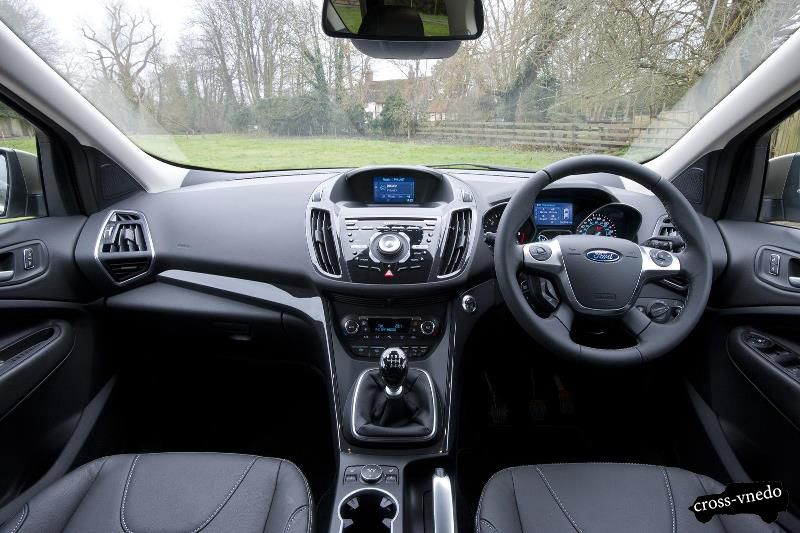 Салон нового Ford Kuga 2014