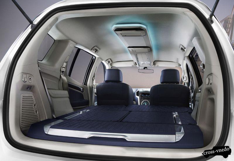 Салон внедорожника Chevrolet TrailBlazer 2014