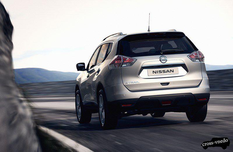 Вид сзади Nissan X trail 2014