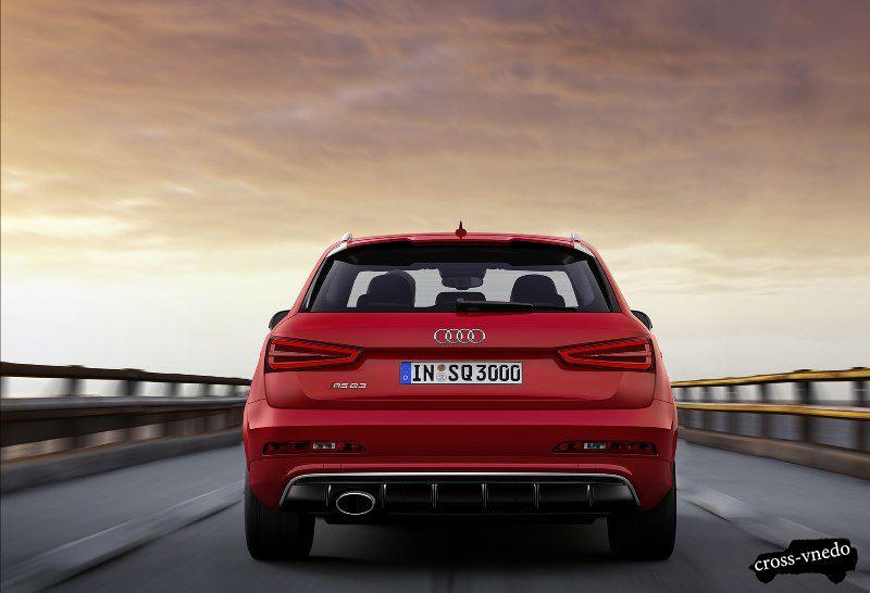 Вид сзади нового Audi Q3