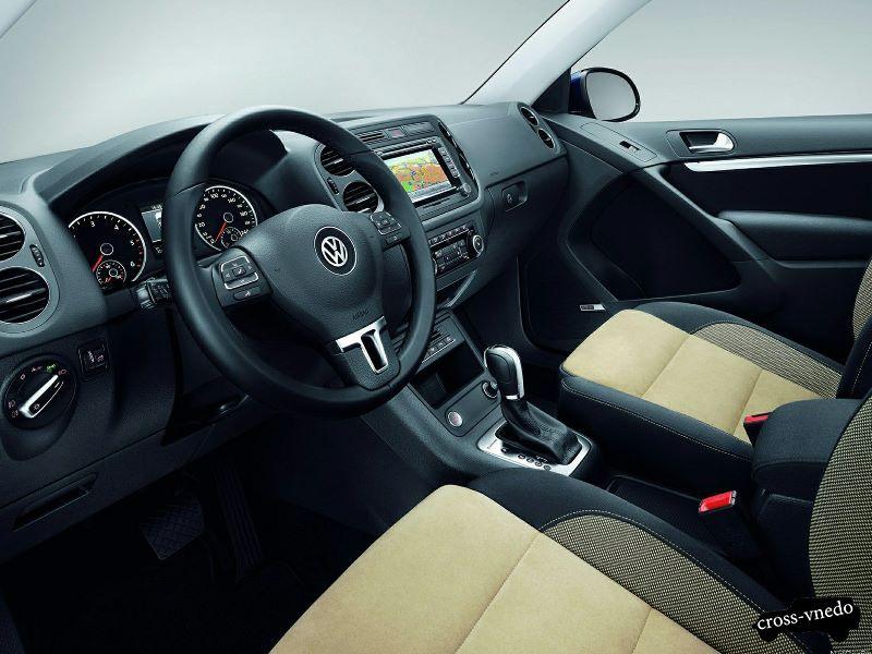 Внутренний вид Volkswagen Tiguan 2014