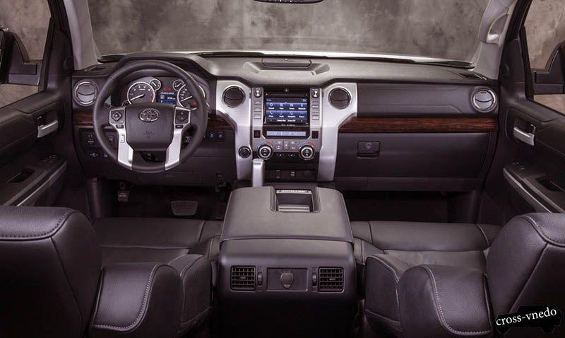 Toyota Tundra 2014 салон
