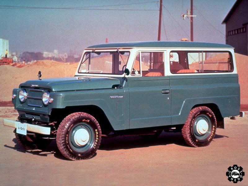 Nissan Patrol Wagon первая модель внедорожника