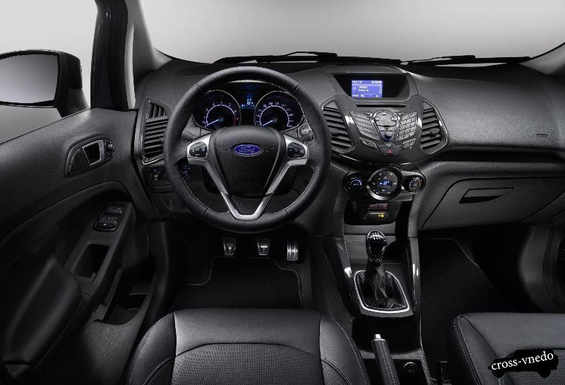 Салон автомобиля Ford EcoSport 2015