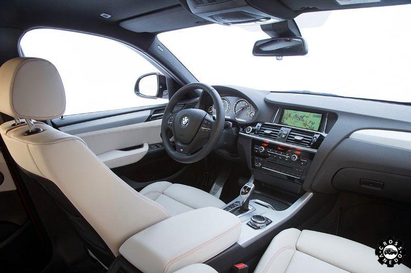 BMW X4 2014 года салон