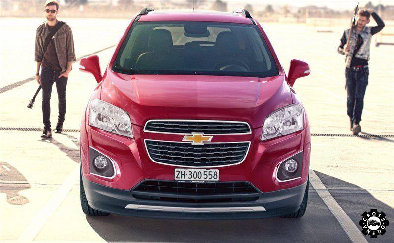 Chevrolet Tracker фото автомобиля