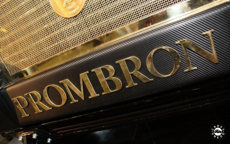 Супер дорогой внедорожник Dartz Prombron Monaco Red Diamond Edition