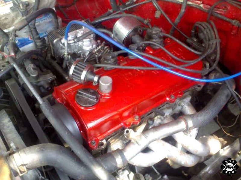 Двигатель автомобиля Daihatsu Feroza