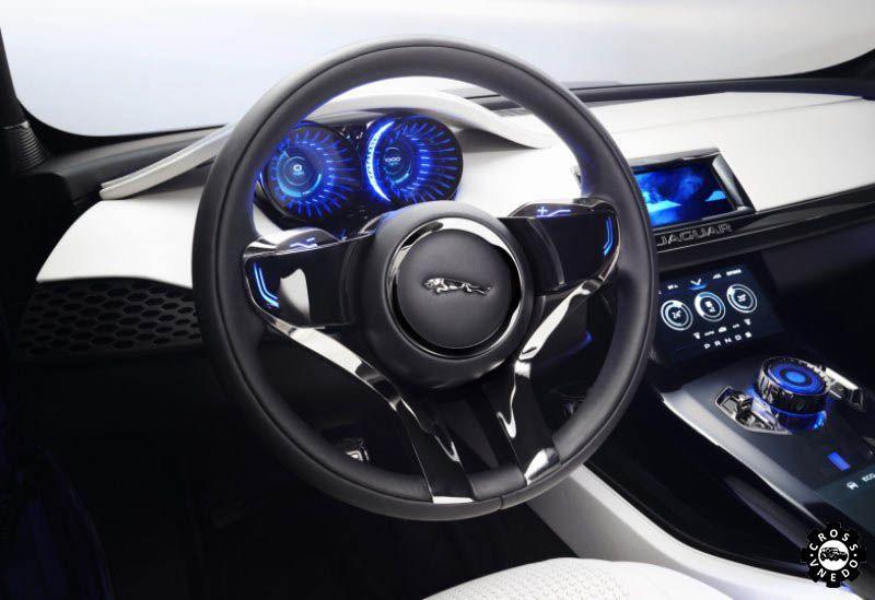 Jaguar F-Pace концепт салона