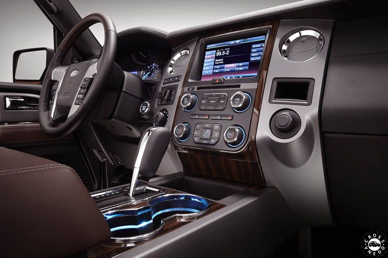 форд экспедишн 2015 салон