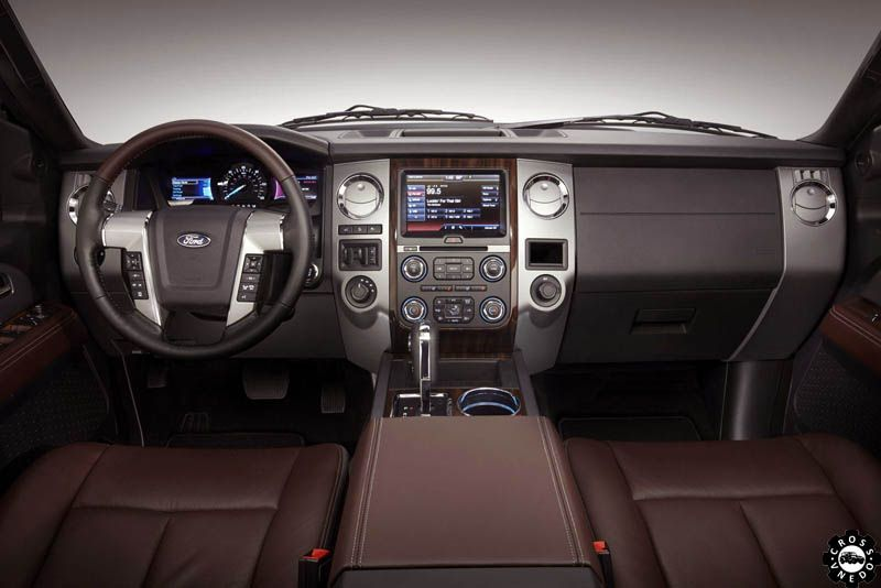 салон Ford Expedition 2015
