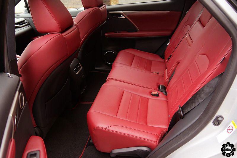 Lexus RX 2016 задние кресла