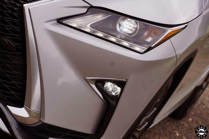 Lexus RX фары
