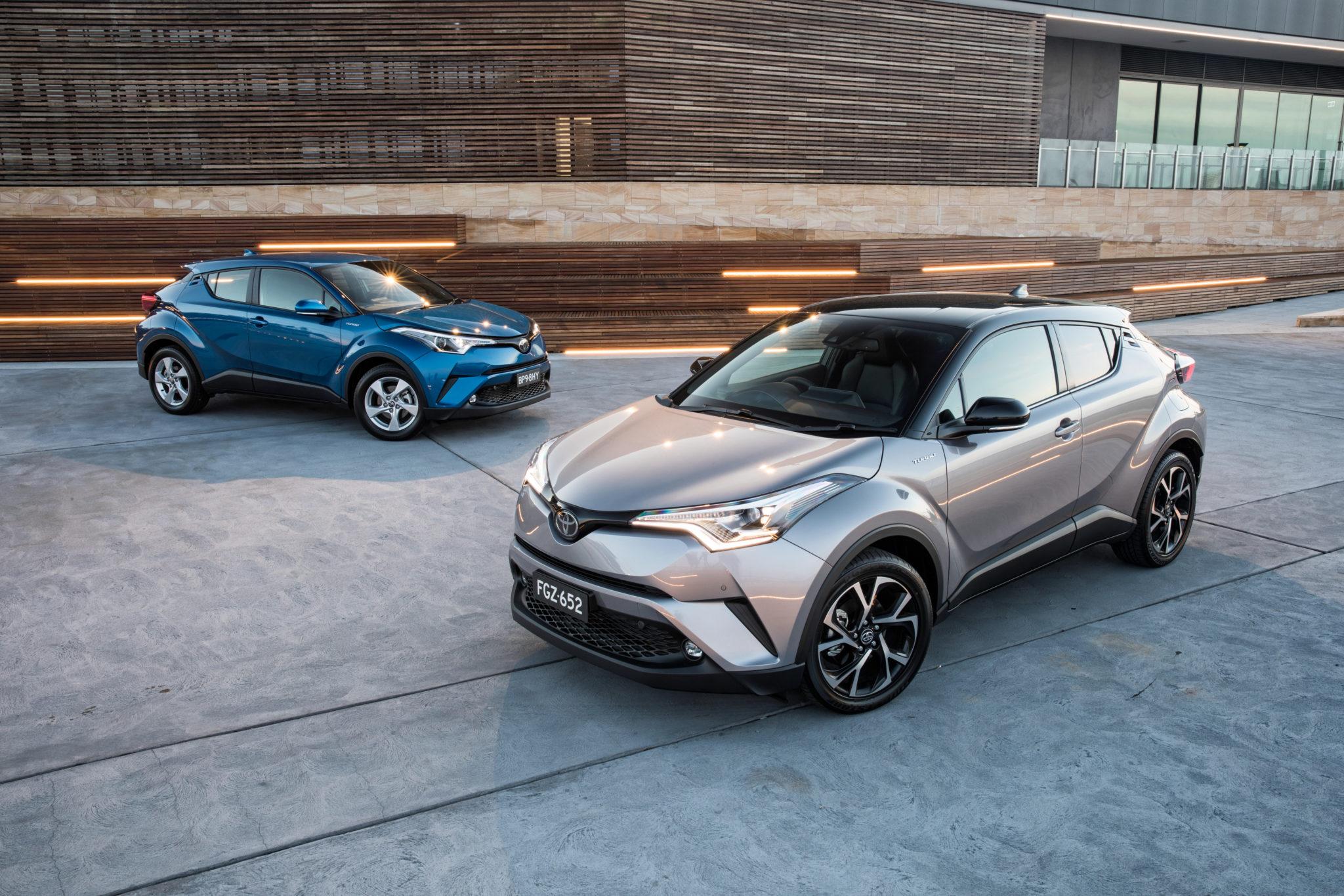 Toyota C-HR две штуки